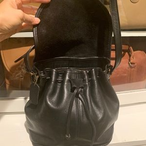 VTG Coach Leather Drawstring Bucket Messenger Bag!